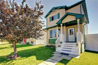 Photo 1: 1130 MARTINDALE Boulevard NE in Calgary: Martindale Detached for sale : MLS®# C4261187