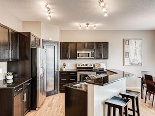 Photo 3: 415 Coopers Drive SW: Airdrie Detached for sale : MLS®# A1043471