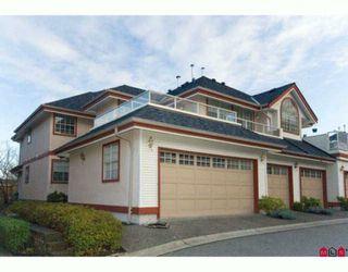 "Photo 1: 6 8855 212TH Street in Langley: Walnut Grove Townhouse for sale in ""GOLDEN RIDGE"" : MLS®# F2927024"