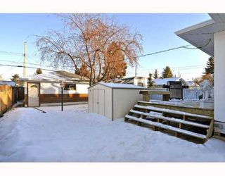 Photo 16: 3128 44 Street SW in CALGARY: Glenbrook Residential Detached Single Family for sale (Calgary)  : MLS®# C3408446