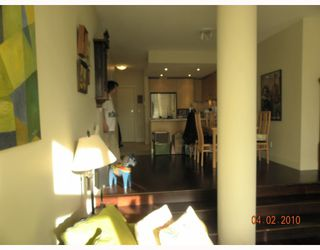 """Photo 6: 106 6015 IONA Drive in Vancouver: University VW Condo for sale in """"CHANCELLOR HOUSE"""" (Vancouver West)  : MLS®# V808479"""