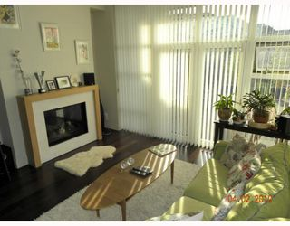 """Photo 2: 106 6015 IONA Drive in Vancouver: University VW Condo for sale in """"CHANCELLOR HOUSE"""" (Vancouver West)  : MLS®# V808479"""