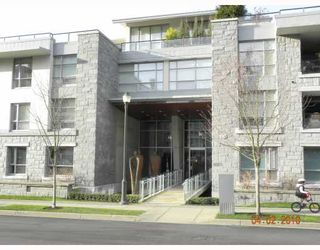 """Photo 1: 106 6015 IONA Drive in Vancouver: University VW Condo for sale in """"CHANCELLOR HOUSE"""" (Vancouver West)  : MLS®# V808479"""