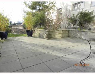 """Photo 8: 106 6015 IONA Drive in Vancouver: University VW Condo for sale in """"CHANCELLOR HOUSE"""" (Vancouver West)  : MLS®# V808479"""