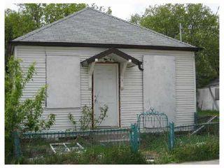 Photo 2: 418 ALEXANDER Avenue in WINNIPEG: Central Winnipeg Residential for sale : MLS®# 2808824