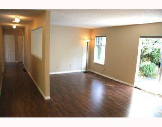 "Photo 9: 17 1140 FALCON Drive in Coquitlam: Eagle Ridge CQ Townhouse for sale in ""FALCON GATE"" : MLS®# V730089"