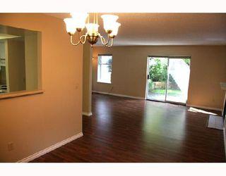 "Photo 3: 17 1140 FALCON Drive in Coquitlam: Eagle Ridge CQ Townhouse for sale in ""FALCON GATE"" : MLS®# V730089"