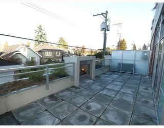 """Photo 9: 102 4375 W 10TH Avenue in Vancouver: Point Grey Condo for sale in """"VARSITY"""" (Vancouver West)  : MLS®# V748079"""