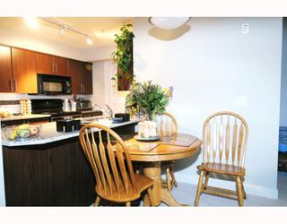"Photo 4: 307 12248 224TH Street in Maple_Ridge: East Central Condo for sale in ""URBANO"" (Maple Ridge)  : MLS®# V748918"
