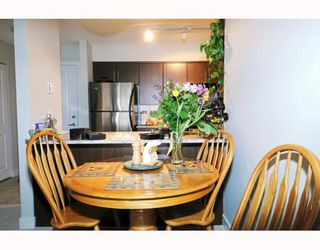 "Photo 5: 307 12248 224TH Street in Maple_Ridge: East Central Condo for sale in ""URBANO"" (Maple Ridge)  : MLS®# V748918"