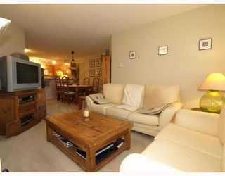 Photo 5: 107 365 E 1ST Street in North_Vancouver: Lower Lonsdale Condo for sale (North Vancouver)  : MLS®# V755130
