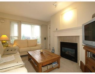 Photo 7: 107 365 E 1ST Street in North_Vancouver: Lower Lonsdale Condo for sale (North Vancouver)  : MLS®# V755130