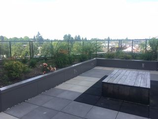 """Photo 8: 208 2689 KINGSWAY in Vancouver: Collingwood VE Condo for sale in """"SKYWAY TOWER"""" (Vancouver East)  : MLS®# R2391944"""