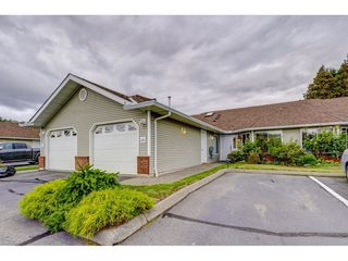 "Photo 1: 69 1973 WINFIELD Drive in Abbotsford: Abbotsford East Townhouse for sale in ""Belmont Ridge"" : MLS®# R2402729"