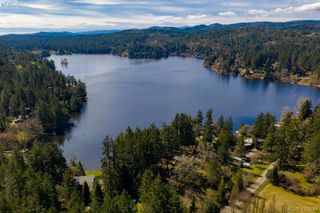 Photo 2: 192 Goward Rd in VICTORIA: SW Prospect Lake House for sale (Saanich West)  : MLS®# 824388