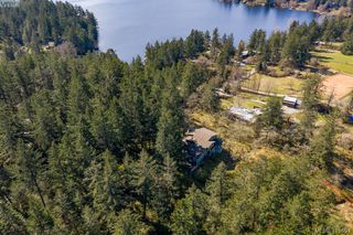 Photo 3: 192 Goward Rd in VICTORIA: SW Prospect Lake House for sale (Saanich West)  : MLS®# 824388