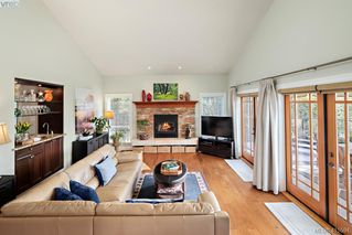 Photo 4: 192 Goward Rd in VICTORIA: SW Prospect Lake House for sale (Saanich West)  : MLS®# 824388