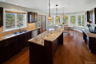 Photo 14: 192 Goward Rd in VICTORIA: SW Prospect Lake House for sale (Saanich West)  : MLS®# 824388