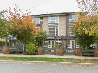 Photo 2: 30 15405 31 AVENUE: Grandview Surrey Home for sale ()  : MLS®# R2215959