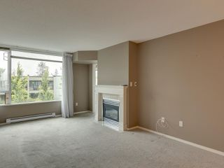 "Photo 11: 404 12148 224 Street in Maple Ridge: East Central Condo for sale in ""Panorama"" : MLS®# R2461995"