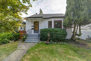 Main Photo: 2790 ADANAC Street in Vancouver: Renfrew VE House for sale (Vancouver East)  : MLS®# R2499203
