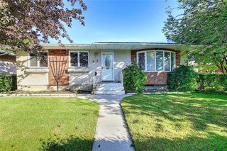 Main Photo: 3936 Vancouver Crescent NW in Calgary: Varsity Detached for sale : MLS®# A1049443