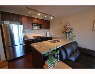 Photo 3: 908 8288 LANSDOWNE Road in Richmond: Brighouse Condo for sale : MLS®# V786905