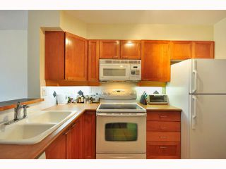 "Photo 3: 304 2555 W 4TH Avenue in Vancouver: Kitsilano Condo for sale in ""SEAGATE"" (Vancouver West)  : MLS®# V818549"