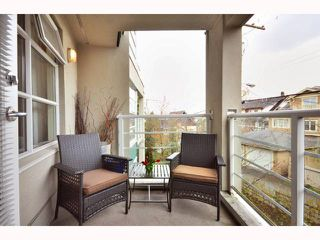 "Photo 4: 304 2555 W 4TH Avenue in Vancouver: Kitsilano Condo for sale in ""SEAGATE"" (Vancouver West)  : MLS®# V818549"