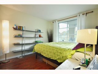 "Photo 6: 304 2555 W 4TH Avenue in Vancouver: Kitsilano Condo for sale in ""SEAGATE"" (Vancouver West)  : MLS®# V818549"