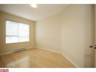"Photo 9: 319 20750 DUNCAN Way in Langley: Langley City Condo for sale in ""FAIRFIELD LANE"" : MLS®# F1015036"