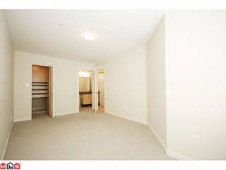 "Photo 7: 319 20750 DUNCAN Way in Langley: Langley City Condo for sale in ""FAIRFIELD LANE"" : MLS®# F1015036"
