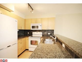 "Photo 5: 319 20750 DUNCAN Way in Langley: Langley City Condo for sale in ""FAIRFIELD LANE"" : MLS®# F1015036"