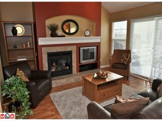 "Photo 2: 34 17097 64TH Avenue in Surrey: Cloverdale BC Townhouse for sale in ""Kentucky"" (Cloverdale)  : MLS®# F1100822"