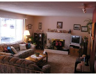 "Photo 2: 2642 ABBOTT in Prince_George: Assman House for sale in ""ASSMAN"" (PG City Central (Zone 72))  : MLS®# N188954"