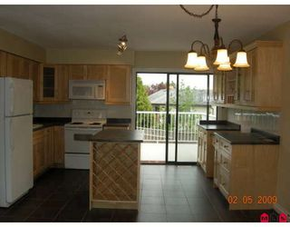 "Photo 2: 2836 WOODLAND Court in Langley: Willoughby Heights House for sale in ""WILLOUGBY HEIGHTS"" : MLS®# F2909275"