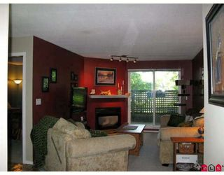 """Photo 2: 114 5765 GLOVER Road in Langley: Langley City Condo for sale in """"COLLEGE COURT"""" : MLS®# F2911635"""