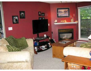 """Photo 6: 114 5765 GLOVER Road in Langley: Langley City Condo for sale in """"COLLEGE COURT"""" : MLS®# F2911635"""
