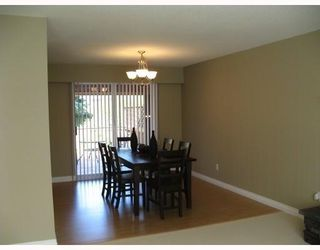 Photo 4: 22075 CANUCK in Maple_Ridge: West Central House for sale (Maple Ridge)  : MLS®# V769532