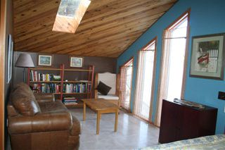 Photo 2: 211 1 Avenue: Rural Wetaskiwin County House for sale : MLS®# E4170359