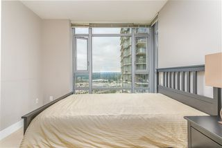 Photo 5: 2301 1155 THE HIGH Street in Coquitlam: North Coquitlam Condo for sale : MLS®# R2400293