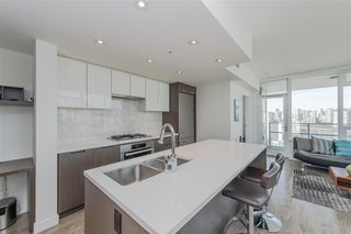 Photo 6: 1905 110 SWITCHMEN Street in Vancouver: Mount Pleasant VE Condo for sale (Vancouver East)  : MLS®# R2412738