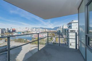 Photo 16: 1905 110 SWITCHMEN Street in Vancouver: Mount Pleasant VE Condo for sale (Vancouver East)  : MLS®# R2412738