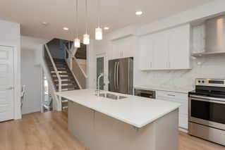 Photo 10: 5 9745 92 Street in Edmonton: Zone 18 Townhouse for sale : MLS®# E4187479