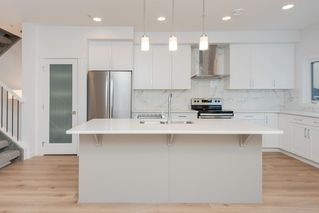 Photo 12: 5 9745 92 Street in Edmonton: Zone 18 Townhouse for sale : MLS®# E4187479