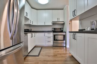 """Photo 6: 303 10680 151A Street in Surrey: Guildford Condo for sale in """"Lincoln's Hill"""" (North Surrey)  : MLS®# R2438451"""