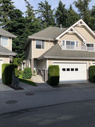 Photo 2: 59 13918 58 Avenue in Surrey: Panorama Ridge Townhouse for sale : MLS®# R2469552