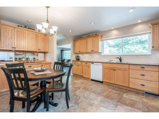 "Photo 10: 82 CLOVERMEADOW Crescent in Langley: Salmon River House for sale in ""Salmon River"" : MLS®# R2485764"