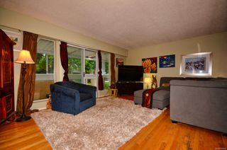 Photo 10: 1450 Hamley St in : Vi Fairfield West House for sale (Victoria)  : MLS®# 856609