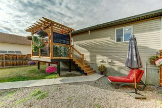 Photo 2: 541 Carriage Lane Drive: Carstairs Detached for sale : MLS®# A1039901